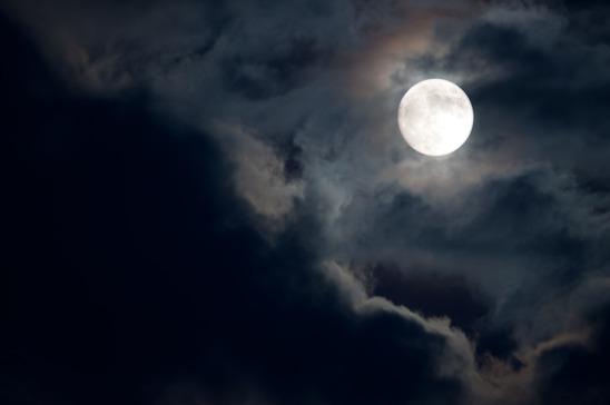 slechter slapen bij volle maan